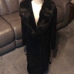 Long wool coat fur trim size 14 vintage